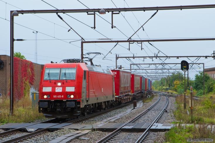 TXL 185 405-8 med TG38647 (Mgb-Pa) ved Odense - 29.09.2012