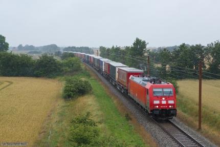 TXL 185 405-8 med CG39747 (Malmö G - Padborg) mellem Vojens og Sommersted - 28.07.2012