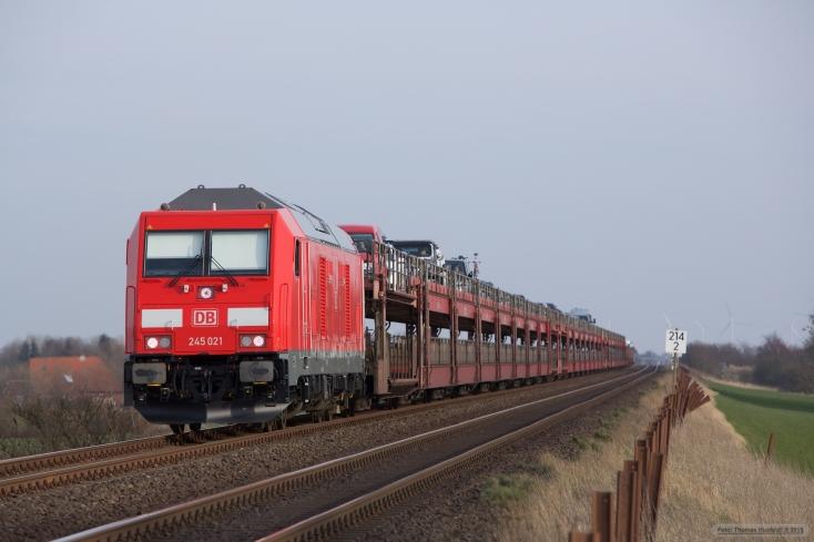 DB 245 021 m. Autozug som AS 1446 (Niebüll-Westerland) mellem Klanxbüll og Morsum - 26.03.2016