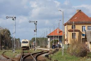 ARRIVA MR/D 15 som AR 59785 (Bydgoszcz Główna-Wierzchucin) ved Wierzchucin - 11.04.2017