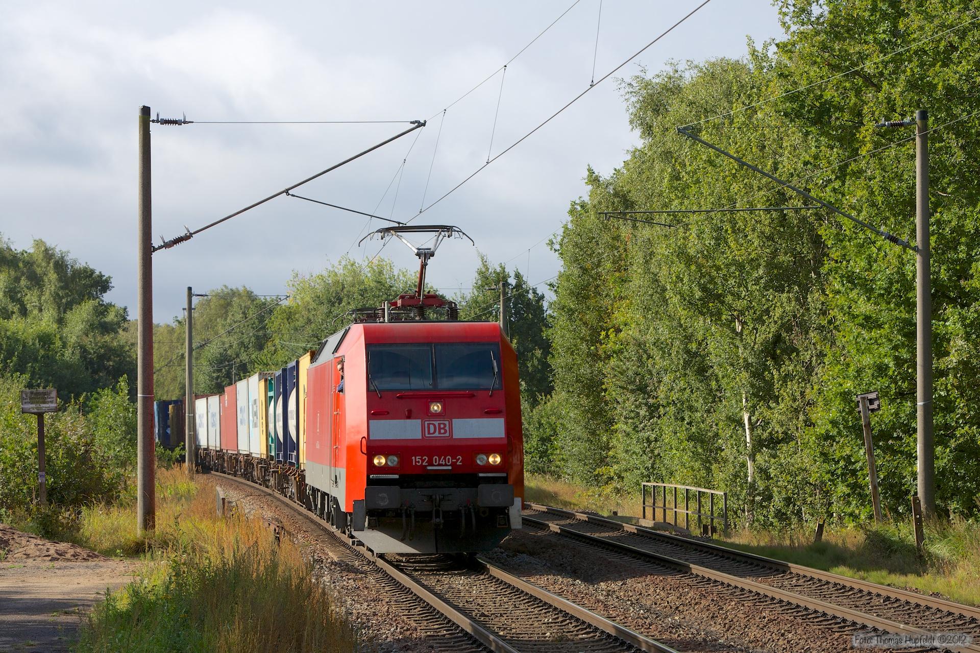 DB Schenker 152 040-2 ved Hamburg Moorburg - 15.09.2012