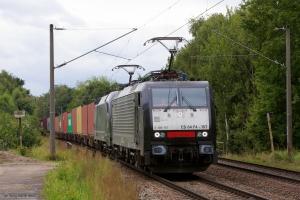 MRCE ES64 F4-157 & ES 64 U2-062 ved Hamburg Moorburg - 15.09.2012