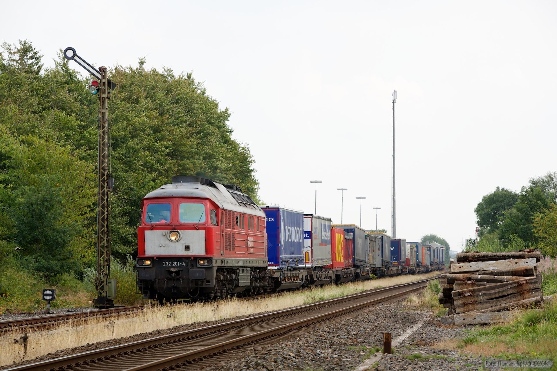 DB 232 201-4 med 47410 ved Lindholm - 03.08.2014