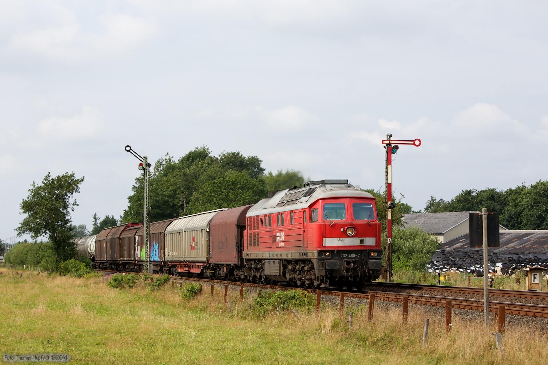 DB 232 534-8 med 47409 ved Langenhorn - 03.08.2014