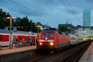 DB 120 110-2 med EN491 (Hamburg Altona - Wien Westbahnhof) ved Hamburg Altona - 15.09.2012