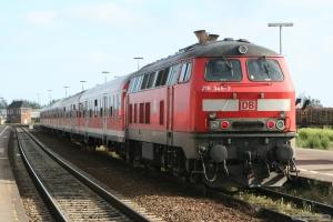 DB 218 347-7 som RB 11185 (Westerland Husum) i Niebüll – 28.06.2005