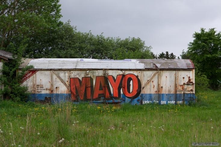 lbgps 44 86 807 4 106-4 - Kølevogn ved Mayo Salater A/S, Hjemsted Odense. Udrangeret 1995 - 20.05.2013