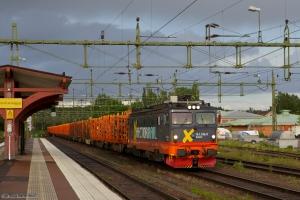 Hector Rail 161 106-0 med GT41663 mellem Laxå og Grums, set ved Kil - 04.06.2012