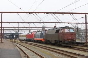 NEG MZ 1439 og Hector Rail 242.502 og DB 182 506 med Dienstüm313 63 80 99-92 007-3 som RM 6415 (Fa-Te) i Fredericia - 13.03.2016