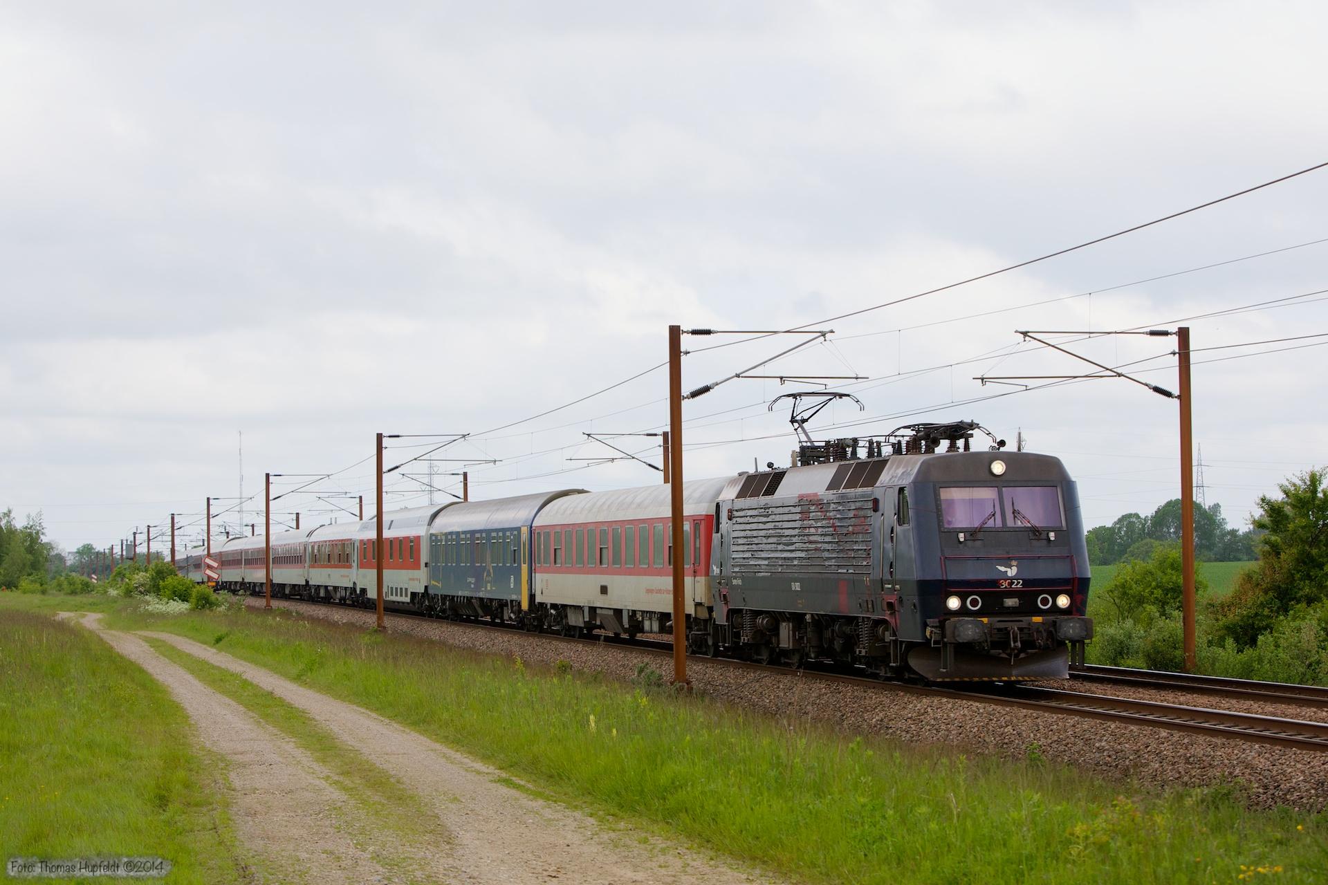DSB EA 3022 med CN 472 (Pa-Kh) mellem Lunderskov og Taulov - 20.05.2014
