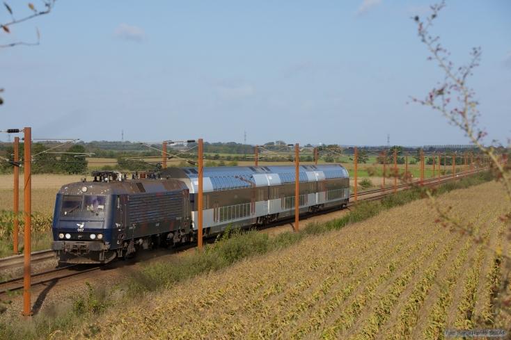 DSB EA 3007 med B 7745, B7754 og ABs 7922 som M 306927 (Oj-Rq) mellem Vojens og Rødekro - 27.09.2014