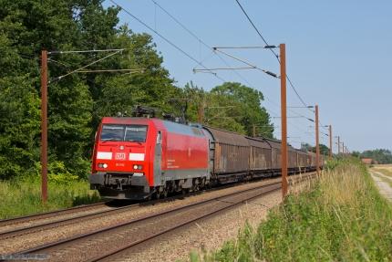DB Schenker EG 3102 med GD39601 (Malmö G - Padborg) mellem Ullerslev og Marslev - 25.07.2012