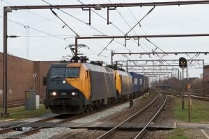 Railion DK EG 3106 og EG 3105 med GD44703 (Mgb-Pa) ved Odense - 24.02.2008