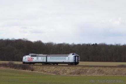 """DSB Museumstog """"Sølvpilen"""" MA460 som VM6338 mellem hz og th, 26.03.2011"""