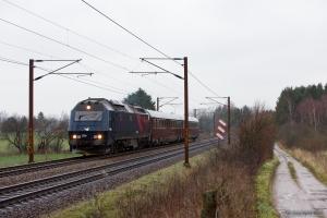 DSB ME 1516+S001+WRM 603 som EP 8135 (Kh-Ar) mellem Holmstrup og Tommerup - 21.12.2013