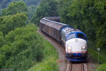 CFL MY 1146 og ASCENDOS RL001 med CG 7226 (Herning - Padborg) mellem Jelling og Grejsdal - 02.09.2012