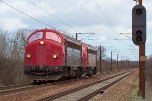 VL MY105 + NEG MY 1158 som PM 6133 (Frs-Lk) mellem Odense og Holmstrup - 14.04.2006