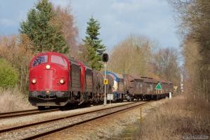 VL MY105 + NEG MY 1158 + vogne + NJ M11 som GF 6080 (Rg-Frs) ved Fruens Bøge - 14.04.2006