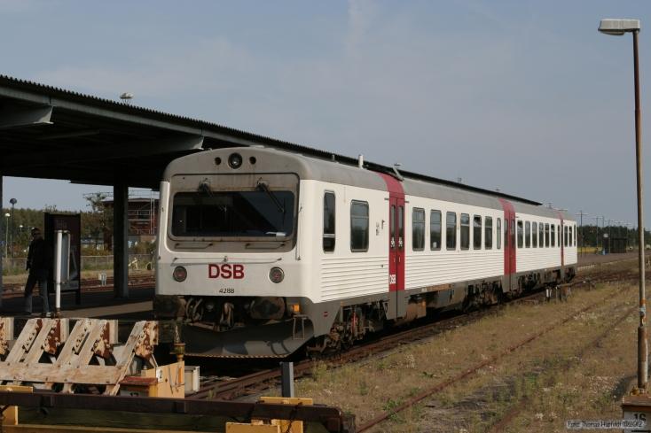 DSB Museumstog MR/MRD sæt 88 ved Rødby - 10.09.2005