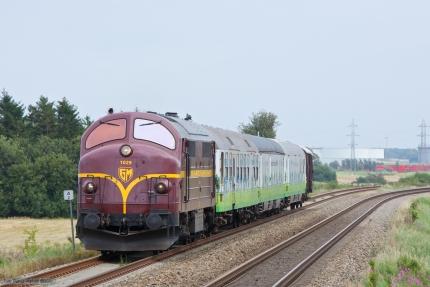 CFL MX 1029 med CG6703 (Glostrup - Århus) mellem Fredericia og Børkop - 02.09.2012