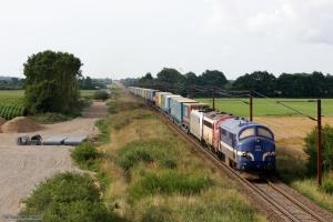 Contec MX 1008 og RailCare MY 1134 og TXL 185 418-3 med TG 63596 (Pa-Mgb) mellem Farris og Sommersted - 05.08.2014