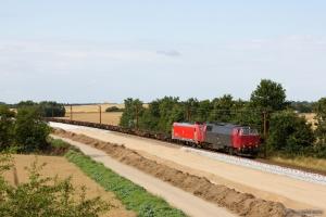 NEG MZ 1439 og DB Schenker 185 330-5 med GX 63583 (Mgb-Pa) mellem Sommersted og Vojens - 05.08.2014