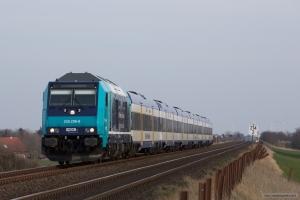 NOB 245 206-8 som NOB 81798 (Niebüll-Westerland) mellem Klanxbüll og Morsum – 26.03.2016