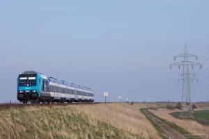 NOB 245 212-6 som NOB 81828 (Hamburg Altona-Westerland) mellem Klanxbüll og Morsum – 26.03.2016
