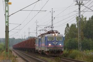 SJ Rc3 1060 + SJ Rc3 1063 med GT30798 (Stockaryd - Mellansel) ved Nässjö C - 12.09.2010