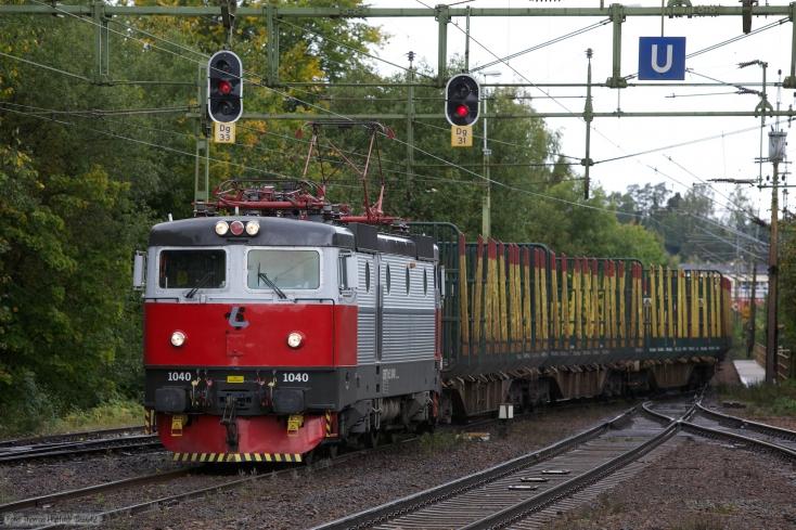 SSRT Rc3 1040 ved GT48100 (Kristinehamn - Hallsberg) ved Degerfors - 14.09.2010