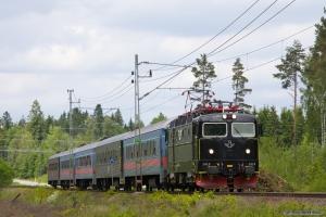 SJ Rc6 1412 med RST 329 (Göteborg C - Kalmar C) mellem Hillerstorp og Värnamo - 08.06.2012