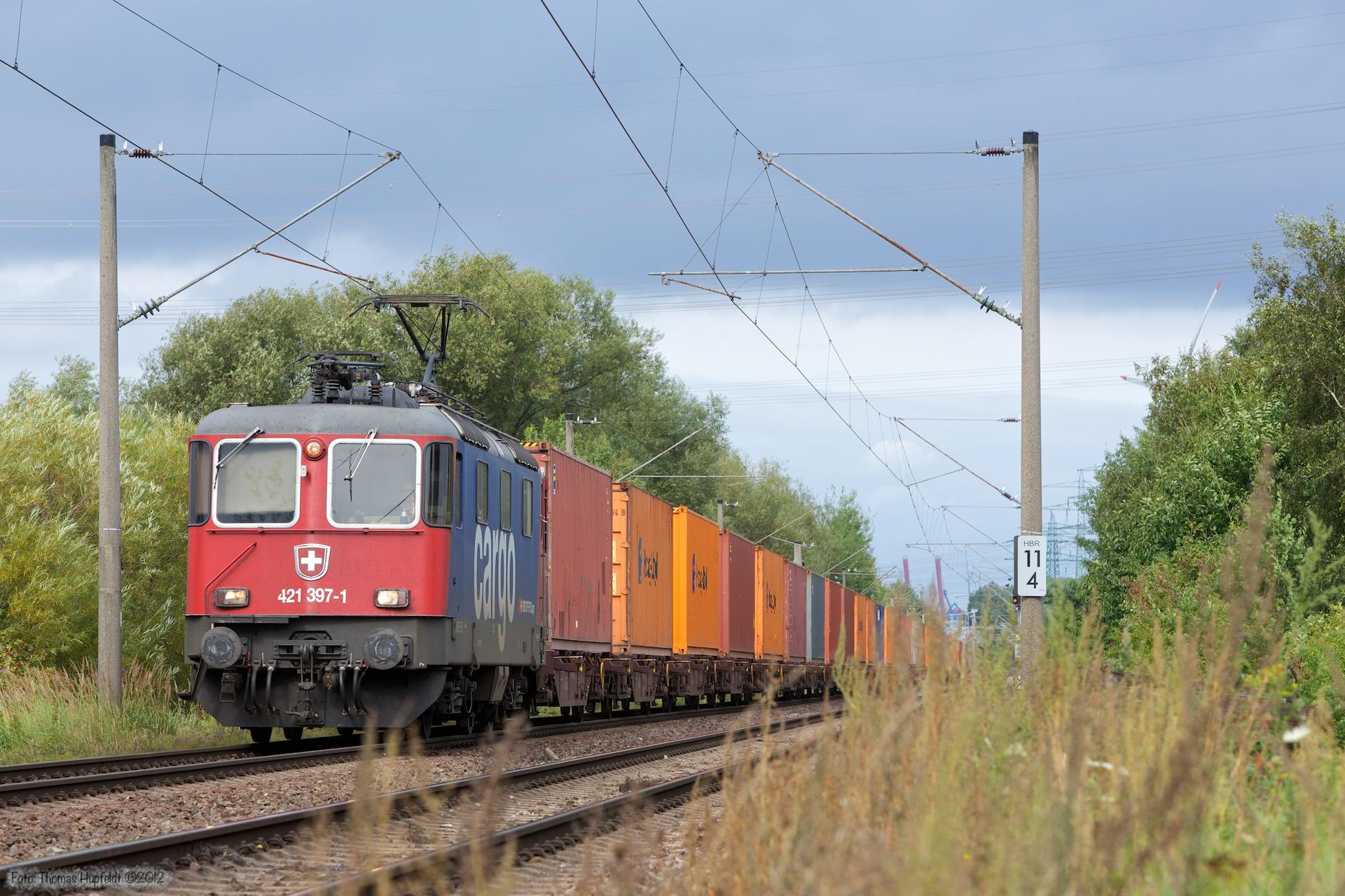 SBB Cargo Re 421 397-1 ved Hamburg Moorburg - 15.09.2012