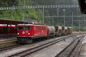 RhB Ge 6/6 II 706 med 4 vogne som 5236 (Diesentis Muster-Landquart) ved Reichenau Tamins - 13.08.2014