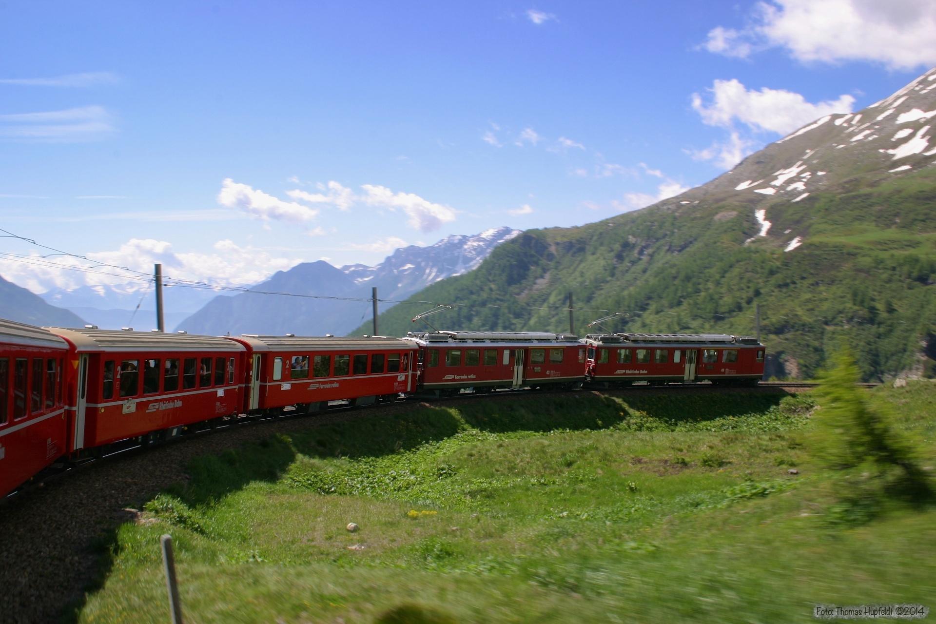 RhB ABe 4/4 II 42 og ABe 4/4 II 49 ved Alp Grüm - 24.06.2004