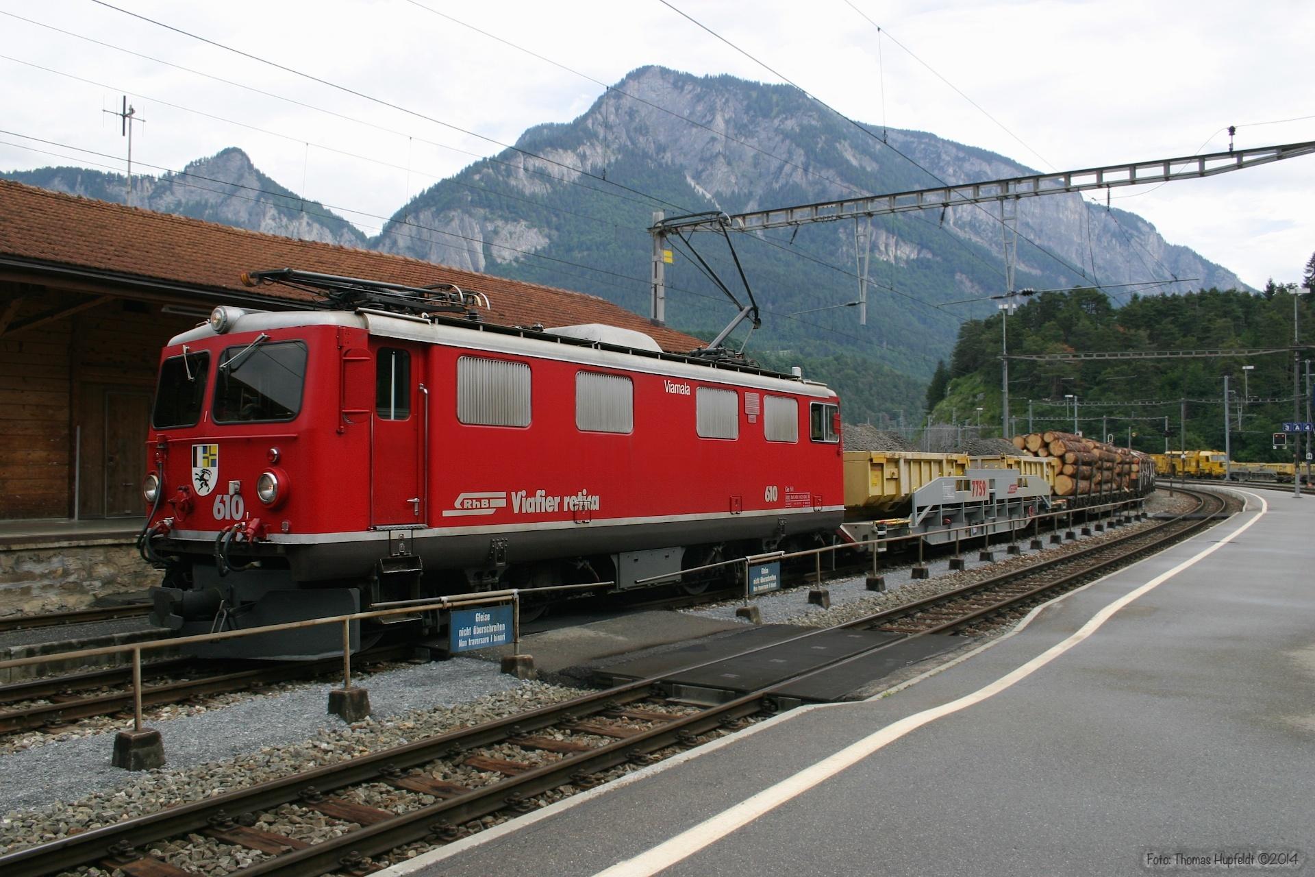 RhB Ge 4/4 I 610 ved Reichenau Tamins - 22.06.2004