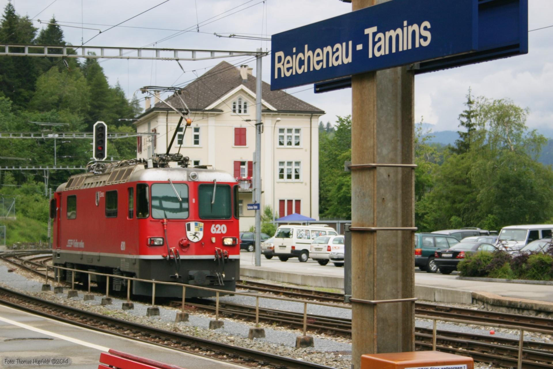 RhB Ge 4/4 II 620 ved Reichenau Tamins - 22.06.2004