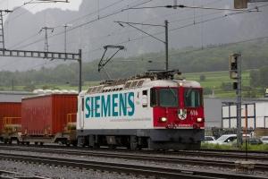 RhB Ge 4/4 II 616 med 10 vogne som 5237 (Landquart-Ilanz) ved Untervaz Trimmis - 13.08.2014