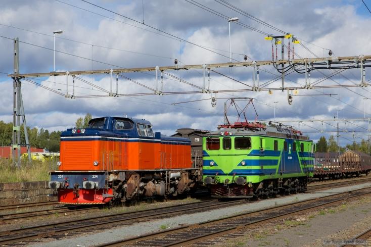 TÅGAB T43 234 og TGOJ MA 963 ved Hällefors - 15.09.2010