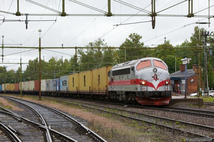 TÅGAB TMY 103 med GT48168 (Kristinehamn - Laxå) ved Degerfors - 14.09.2010
