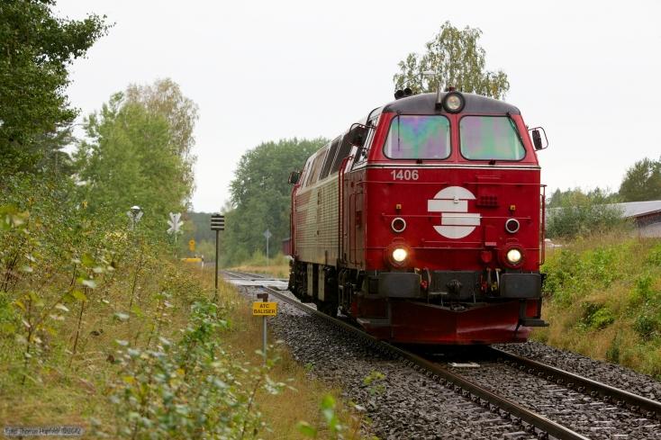 VIDA TMZ 1406 som GT49217 (Nässjö C - Hjaeltevad) mellem Ormaryd og Eksjö - 13.09.2010