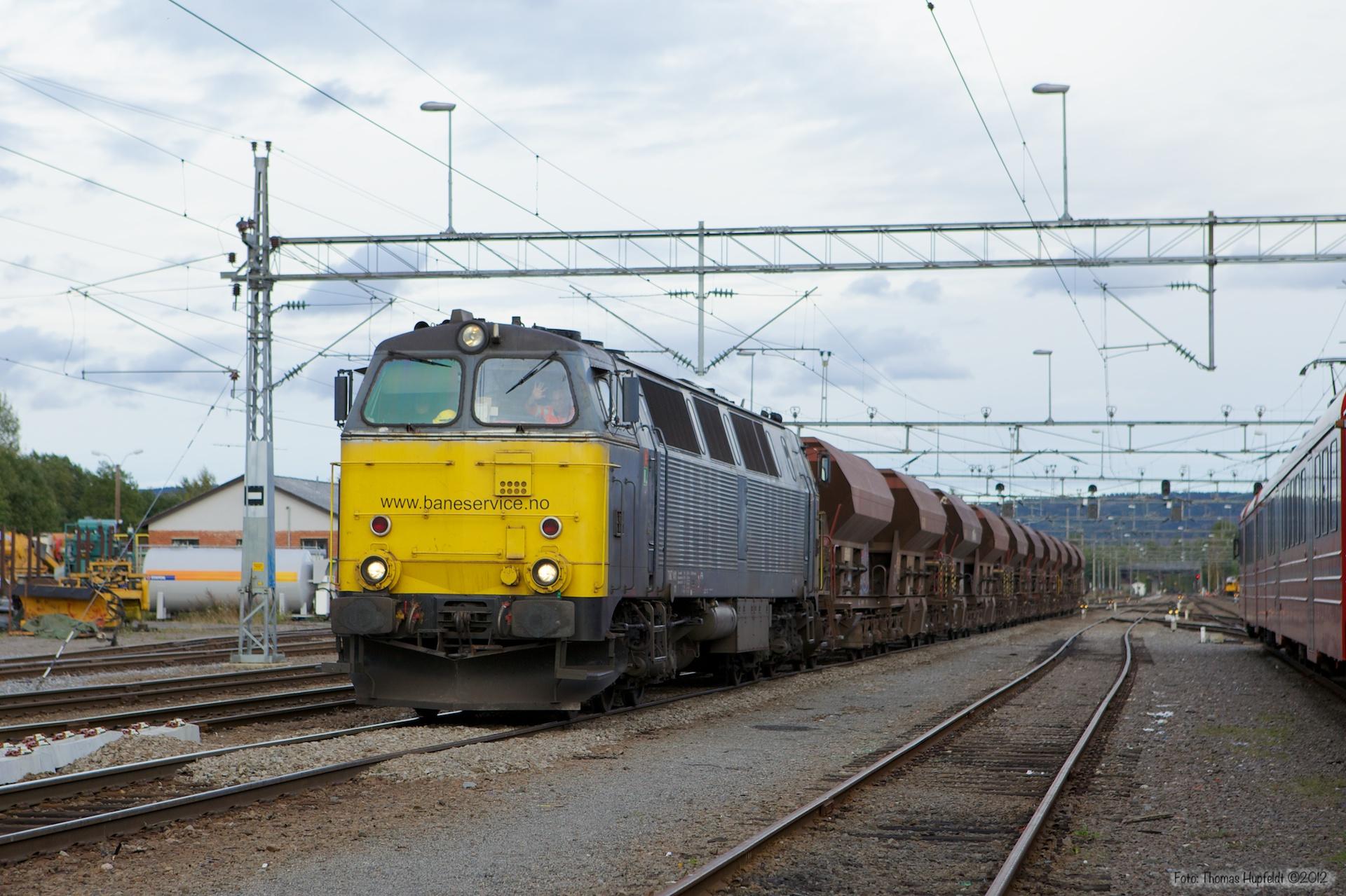 Baneservice TMZ 1411 ved Kongsvinger - 16.09.2010