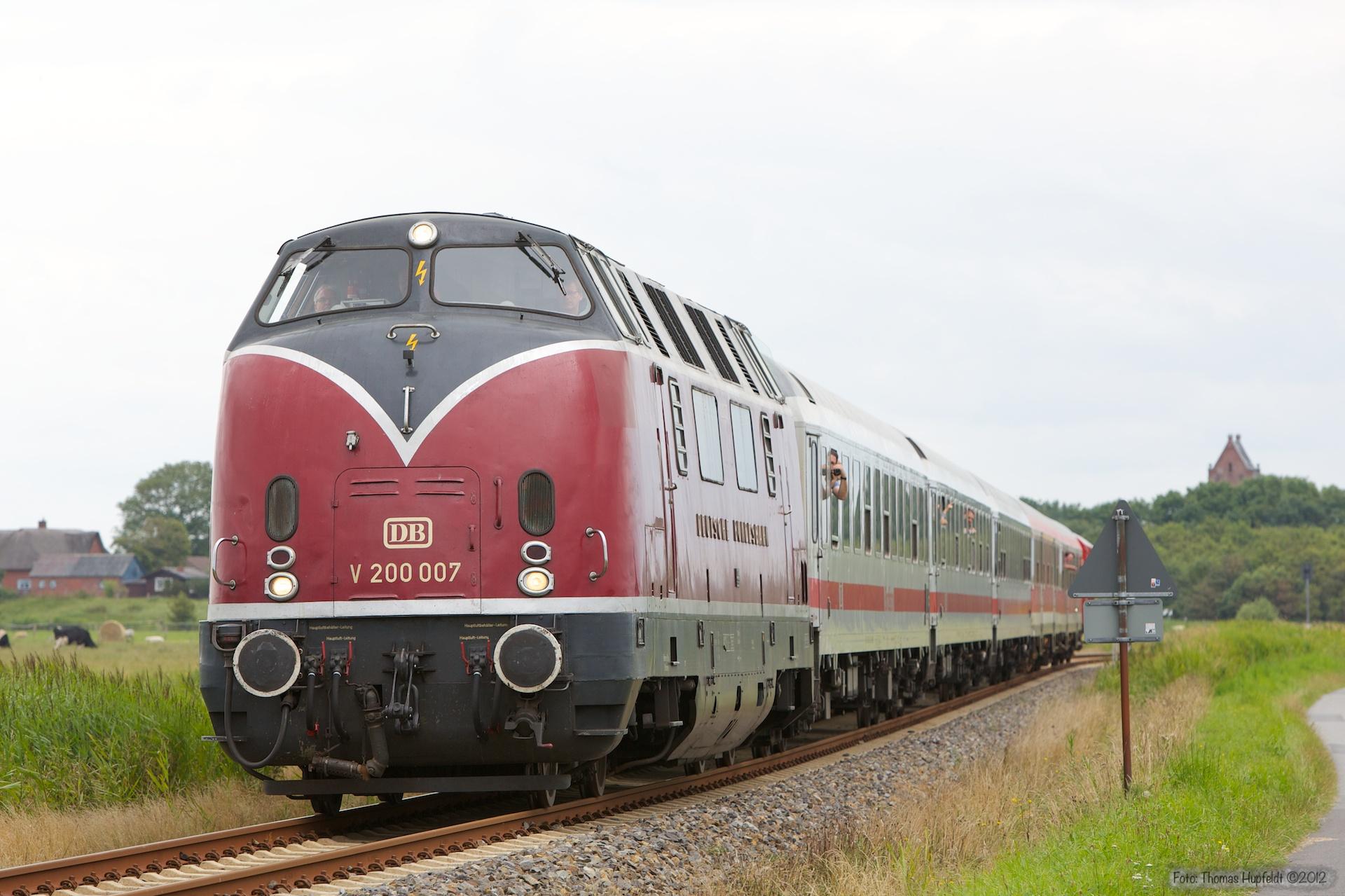 V 200 007 som NEG17 (Niebüll - Dagebüll Mole) mellem Niebüll og Dagebüll Mole Km 12 - 29.07.2012