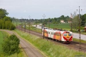 OT X14 3230 som RST8733 (Norrköping-Mjölby) mellem Linghem og Gistad - 07.06.2012
